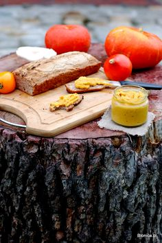 Hokkaido pumpkin pate with gluten-free organic bread on a stump