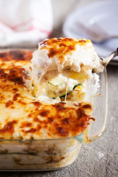 With layers and layers of flavor, this Roasted Garlic White Lasagna with Zucchini and Italian Sausage will have everyone asking for seconds. from @thepkpway