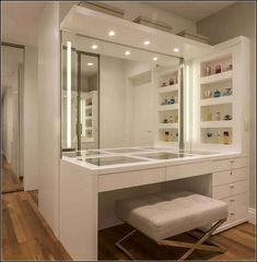 beautiful dream closet makeover in your dressing room 18 Bedroom Closet Design, Room Ideas Bedroom, Closet Designs, Bedroom Decor, Wardrobe Design, Blue Bedroom, Small Closet Design, Luxury Bedroom Design, Design Room