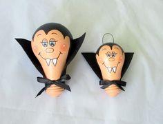 Frankenstein painted lightbulbs Halloween by NorthernLitesGifts