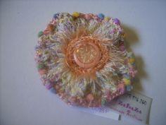 Crocheted flower brooch/Brosa crosetata floare https://www.facebook.com/media/set/?set=a.165432270272959.37516.165071450309041&type=3