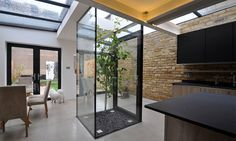 The Courtyard House : Modern Dining room by Space Group Architects Space Group, Victorian Terrace, Courtyard House, Contemporary Interior Design, Best Interior, Interior Inspiration, Interior Architecture, Building A House, New Homes