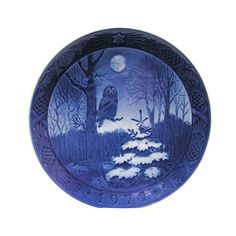 Vintage 1974 Collectible Christmas Plate by 42ndAvenueVintage