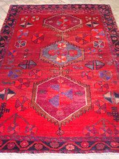 Tapete Artesanal Rústico Tribal Iran Sirdjan 400 pontos 2,12 x 1,48 = 3,14 m² código 300-00419 R$ 2.826,00 a peça em 06x ou R$ 2.656,00 a peça à vista .