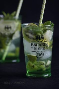 Drink z bacardi i cydrem - Magia w Kuchni Bacardi, Keto Diet For Beginners, Cocktails, Drinks, Mojito, Pint Glass, Keto Recipes, Smoothie, Food And Drink
