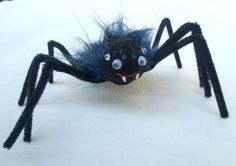 Funny bouncy spiders for Halloween by Anukat on Etsy