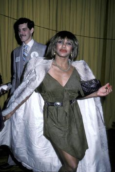 Tina Turner at the 1982 Grammy Awards. Tina is fur real, circa Crazy Celebrities, Celebs, Classic Hollywood, Old Hollywood, Grammy Outfits, Vintage Black Glamour, Toni Braxton, Tina Turner, Amazing Women