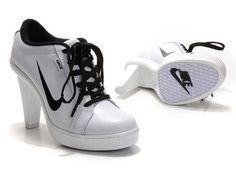 1beaa54b75f branco e preto tenis feminino nike com salto Nike Feminino Branco