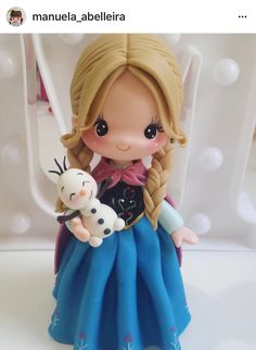 *SORRY, no information as to product used ~ Frozen Polymer Clay Figures, Cute Polymer Clay, Cute Clay, Polymer Clay Dolls, Fondant Figures, Polymer Clay Charms, Polymer Clay Miniatures, Ana Frozen, Frozen Cake