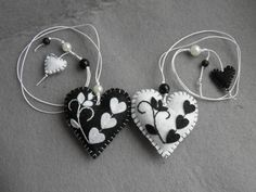 Felt bookmark black white  heart / felt toy/ gift for by Marywool, $11.00