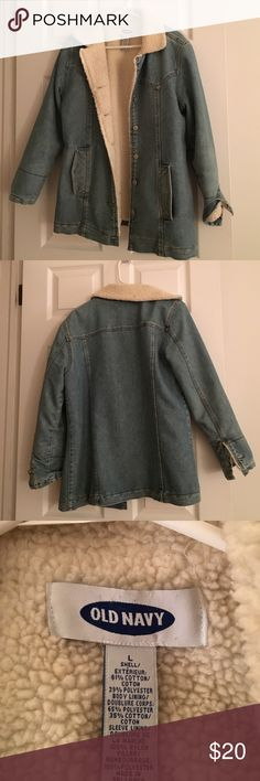 Old navy fleece lined denim jacket Perfect for cool spring!! Excellent condition Old Navy Jackets & Coats Jean Jackets