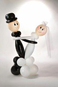 bride and groom  #balloon #twisting #wedding