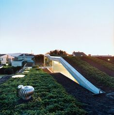 20 Must-See Buildings that have Breathing Lush Walls and Green Roofs - 03 Villa Bio 1