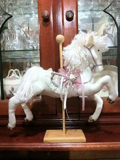 "Alicia's hiding place: ""How to make a cloth Carousel Horse"""