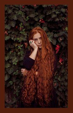 Red hair 88 Loose Hairstyles, Girl Hairstyles, Project Red, Beautiful Red Hair, Copper Hair, Redhead Girl, Super Long Hair, Mermaid Hair, Ginger Hair