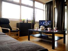 1210.00 GBP  St Pancras Residence #1  sleeps 8 in 4 beds (3 bedroom)  10 min form Kings Cross St Pancras station 85sqm