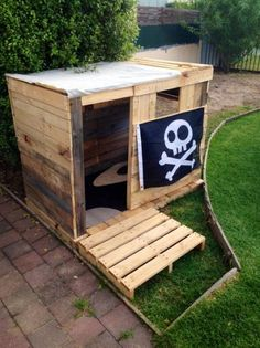 pallet cubby house more diy cubby