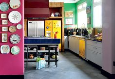 Codo Meletti e Marcelo Magnani - Love the grey cement floor as a contrast to the bright colors.