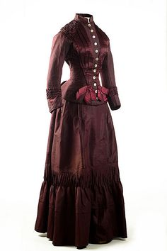 1883 Plum silk taffeta two-piece wedding dress. It was worn by Mrs. James F. Condon for her marriage on April 27, 1883.  Via Charleston Museum, flickr.