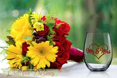 Mr. and Mrs. Glass, Newleywed Glass, Wedding Favor, Just Married Wine Glass, Wedding Toasting Glasses, Glitter Wine Glass, Wedding Toast