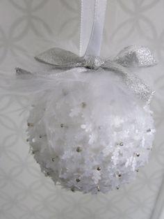 DIY: Top Easy Christmas Ball Ornaments Ideas