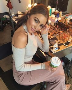 """""""Also I love my Clarisonic, that's another thing I think keeps my skin looking flawless."""" Olivia Culpo talks about her collab with Marchesa, and the one beauty device that makes her skin flawless"""