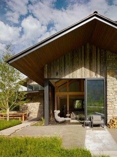 Shooting Star House by Carney Logan Burke Architects