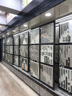 Hardware# handles display showroom sliding display hanging d Showroom Interior Design, Tile Showroom, Furniture Showroom, Kitchen Showroom, Furniture Logo, Interior Designing, Furniture Hardware, Metal Furniture, Shop Front Design