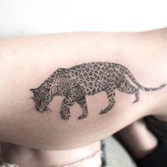 Jaguar #jaguar #tattoo #hongdam #타투 #홍담 Leopard Tattoos, Cool Tribal Tattoos, Life Tattoos, New Tattoos, Small Tattoos, Big Cat Tattoo, Tattoo Art, Jaguar Tattoo, Minimal Tattoo