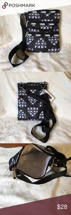 NWT Lesportsac Kasey Love Blossoms bag NWT Lesportsac Kasey love blossom bag LeSportsac Bags Crossbody Bags