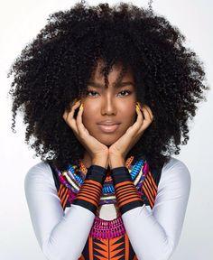 @aledesouza1970 #aledesouzamakeup || Afro curls. curly hair. natural hair. big hair. texture.