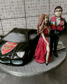 Arsenal cake  My brother with a sexy girl :p