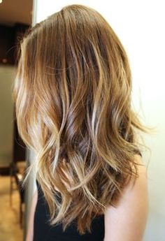 This is what I've been looking for. Style of hair. When hair is at this length.