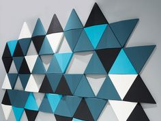 Bits wall acoustic panels are sound absorbing class A and can be freely combined to create different pattern formations. Using a triangular shape