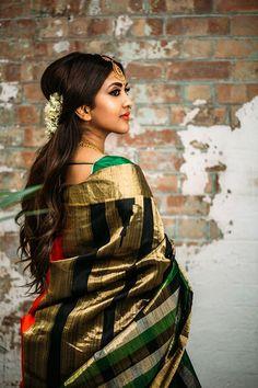 16 trendy fashion photography creative make up Indian Photoshoot, Saree Photoshoot, Girl Photo Poses, Girl Poses, Beautiful Saree, Beautiful Indian Actress, Vithya Hair And Makeup, Saree Poses, Saree Trends