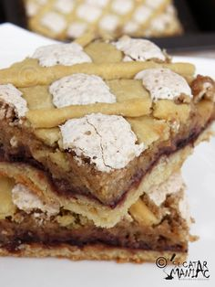 Cake with Quartered Apples Romanian Desserts, Romanian Food, Jacque Pepin, No Cook Desserts, Vanilla Flavoring, Healthy Snacks, Sweet Treats, Good Food, Sweets