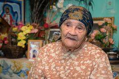 Dona Orelina: A incrível história de fé da mulher com o dom para fazer o bem -     Fotos: Acontece Botucatu  Nascida no Sergipe em 1930, dona Maria dos Santos viveu grande parte da vida na Rua Turma Seis em Vitoriana, distrito de Botucatu. Mas por esse nome, praticamente ninguém vai saber quem é, já que a mulher de 86 anos ficou conhecida apenas por um apelido. - http://acontecebotucatu.com.br/geral/dona-orelina-incrivel-historia-de-fe-da-mulher-com-o-dom-pa