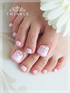 pedicure, pink. bling, nail art