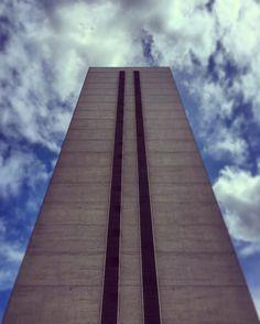 71 metres of glorious brutal modernism! Leon House #Croydon #London #igerslondon #thisislondon #ldn #brutalism #modernism #skyscraper #ig_london #city #cityscape #modern #architecture #archilover #urban #building #sky #skyporn #potd #iphone #igersuk #archidaily #letsgosomewhere #urban #thisislondon #stripes by adammiltonstevens