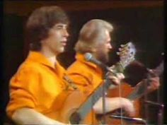 The Corries, Scottish folk duo singing a humorous version of Scotland the Brave. Scottish Bands, Scottish Music, Kinds Of Music, My Music, Parody Songs, Lyrics To Live By, Celtic Music, Still Picture, Internet Memes