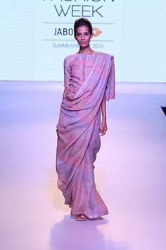 Anavila. LFW S/R 15'. Indian Couture.
