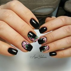 30 Black Nail Designs That Are Anything but Goth New Nail Art, Cute Nail Art, Cute Nails, Pretty Nails, Fall Nail Art Designs, Black Nail Designs, Flower Nail Art, Nagel Gel, Fancy Nails