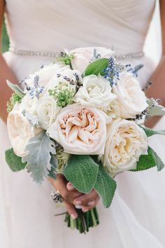 Beautiful textures in this bridal bouquet | Photo by Vue Photography via http://junebugweddings.com/wedding-blog/elegant-wedding-montaluce-winery/