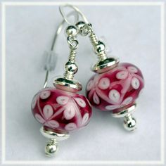 Hey, I found this really awesome Etsy listing at https://www.etsy.com/listing/158383813/triple-pink-handmade-lampwork-bead