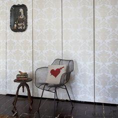 Michelle Varian Thornbird Wallpaper Snow Off White and Lostine Biscayne Chair