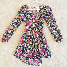 Dress Floral dress with open back. Worn once! Urban Outfitters Dresses