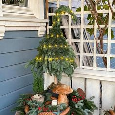 #weihnachtsdeko #weihnachten #weihnachtsdekoration Decoration Christmas, Christmas Porch, Outdoor Christmas, Xmas Decorations, Winter Christmas, Christmas Wreaths, Christmas Ornaments, Holiday Decor, Christmas Arrangements