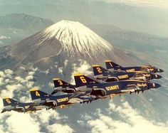 "US Navy ""Blue Angels"" McDonnell-Douglas Phantom II formation Us Military Aircraft, Navy Aircraft, Military Jets, Air Fighter, Fighter Jets, Us Navy Blue Angels, Blue Angels Air Show, F4 Phantom, Phantom Power"