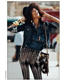 La playlist de la Fashion Week printemps-été 2013 à New York http://www.vogue.fr/culture/a-ecouter/diaporama/la-playlist-de-la-fashion-week-printemps-ete-2013-a-new-york/9643#