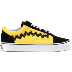 Vans x Peanuts Charlie Brown Old Skool sneakers ($140) ❤ liked on Polyvore featuring men's fashion, men's shoes, men's sneakers, shoes, sneakers, footwear, momma shoes, shoes., black and vans mens shoes
